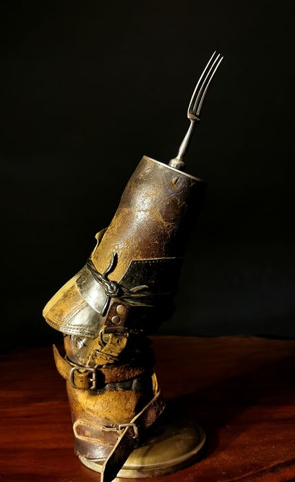 Arm prosthesis, early 20th century. - Acier (inoxydable), Cuir
