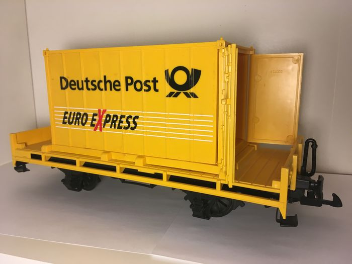 Preview of the first image of LGB G - Freight carriage - Deutsche Post trolleys with Euro Express containers.