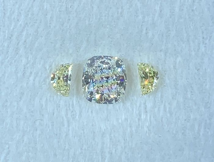 3 pcs Diamante - 1.85 ct - Cojín, Medias lunas - F - fancy yellow - VS2
