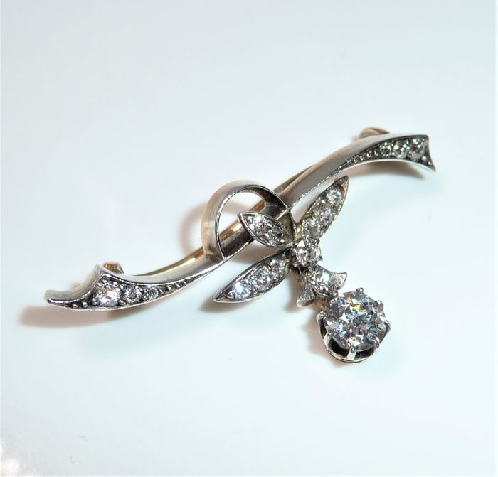 14 carats Or, Platine - Broche - 1.00 ct Diamants dont 1 x 0,55 ct. Solitaire