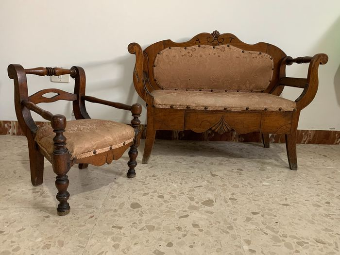 Child's Sofa and Armchair - Walnut wood - Late 19th century