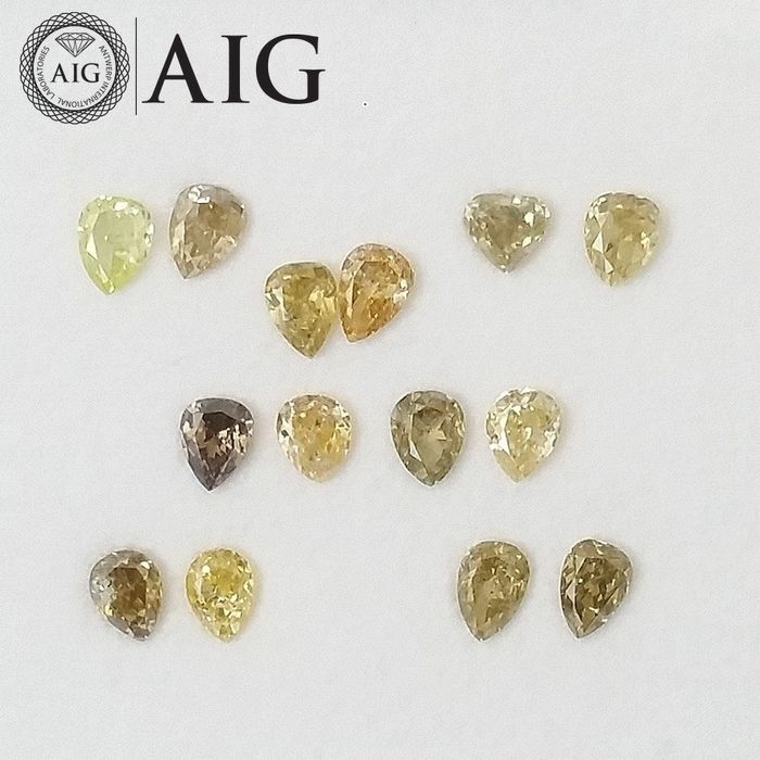 14 pcs Diamonds - 1.04 ct - Pear - Natural Fancy Mix Colors - SI1, SI2, VS2, ***No Reserve Price***