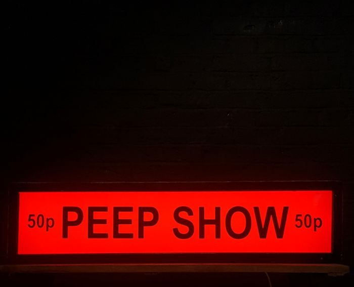 Large Illuminated Soho 'PEEP SHOW' Sign - Electric - Signe - Bois, Plexiglas