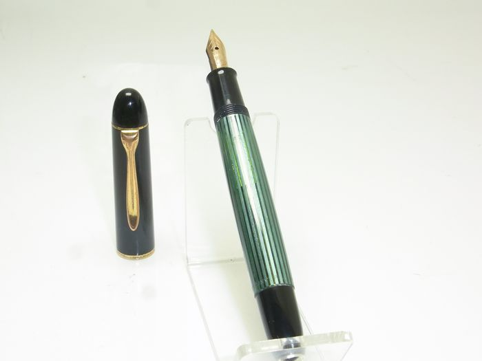 Vintage PELIKAN 140  Striated Flexy 14ct M Nib - Fountain pen