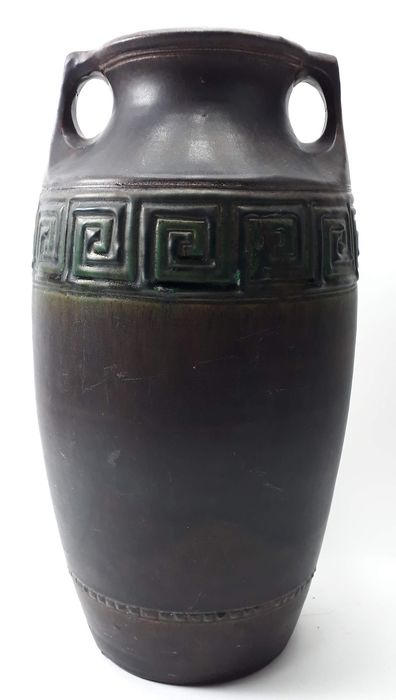 WC. Brouwer (attr.) - Large decorative vase with metallic glaze and meander decor