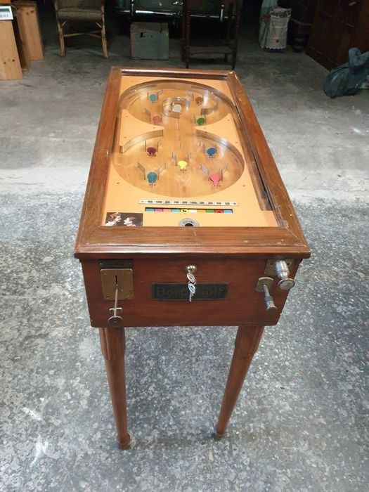Antique pinball, also known as marble machine - Wooden case with steel balls