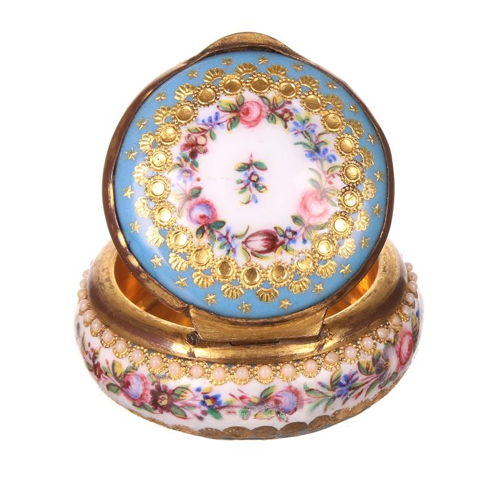 Viennese Hand-Painted Pillbox - Porcelain