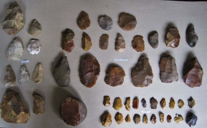 Prehistoric, Paleolithic Flint Mousterian Artifacts from France - (47)