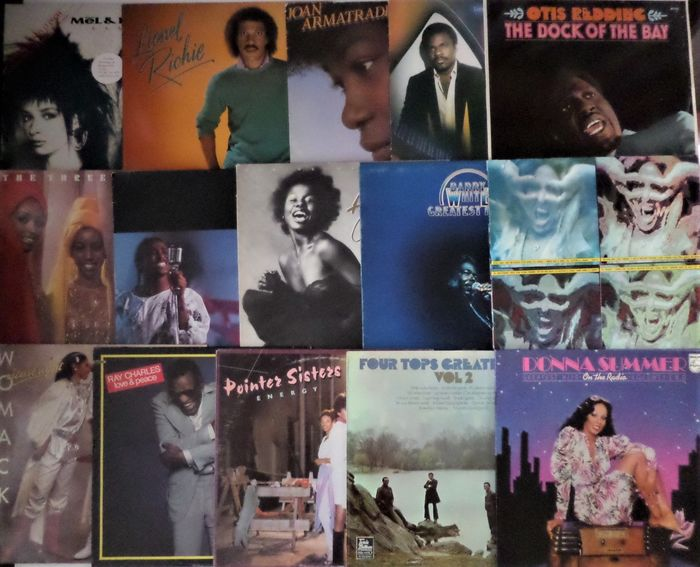 Various Artists/Bands in Soul, Otis Redding, Four Tops, Donna Summer and others - Multiple artists - Lot of 15 beautiful soul albums and other black music - Multiple titles - LP's - 1971/1987