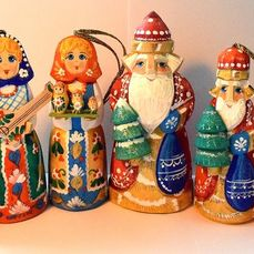 Exclusive figures - BIG CRISTMAS SET. *****Three Saint Nicholas + three dolls***** - Folk Art - carwing of wood, handpainted