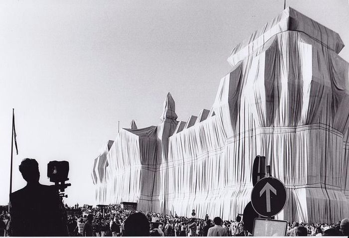 Manfred Vollmer (1944) - Wrapped Reichstag by Christo and Jean Claude. Berlin  1995
