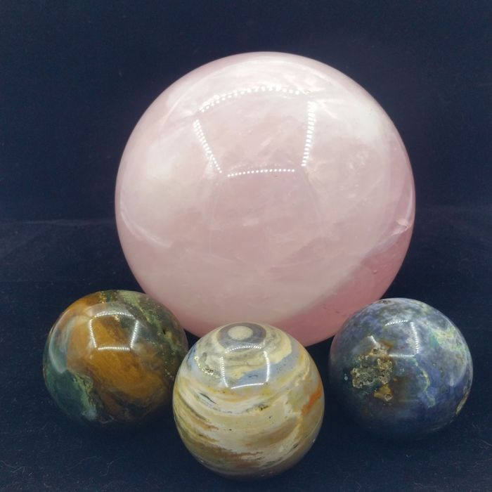 Marine stone crystal. Rose quartz Sphere - 160×75×75 mm - 8600 g - (2)