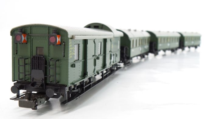 Märklin H0 - 4100/4101/4103 - Passenger carriage - 3 passenger cars, 2nd and 3rd class, and 1 baggage car with rear lighting - DRG