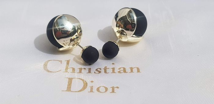 Christian Dior - gold plated stylish faux pearl tribal silver plated - Pendientes