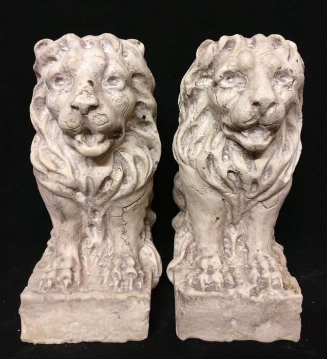 Pair of Venetian Lions, finely carved - H 27 cm - Istrian marble - 20th century