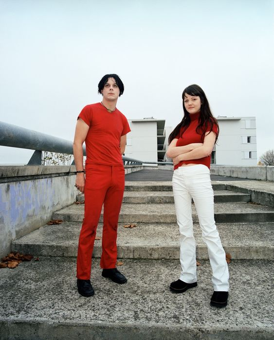 Jamie Beeden (1973-) - The White Stripes, Toulouse, 2001