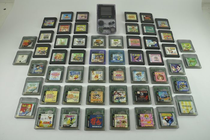Nintendo Gameboy Color - Game Boy Color Clear Purple With 40 Games (40) - Sans boîte d'origine
