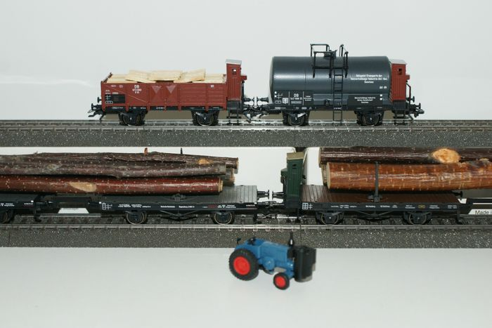 Märklin H0 - 46823/48840/48841 - Freight carriage, Freight wagon set - 4 cars: wood gasifier and turntable wagon with logs - DB, DRG, K.W.St.E.