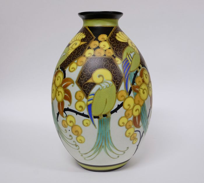 Charles Catteau - Boch Frères Vase WD 1130 Stylized decoration of birds