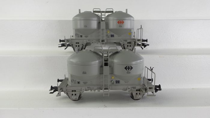 Märklin H0 - 47613 - Freight wagon set - Set of 2 Silo wagons - SBB-CFF