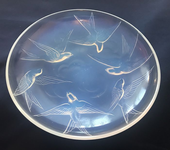 Sabino - French Art Deco Opalescent Bowl with Birds