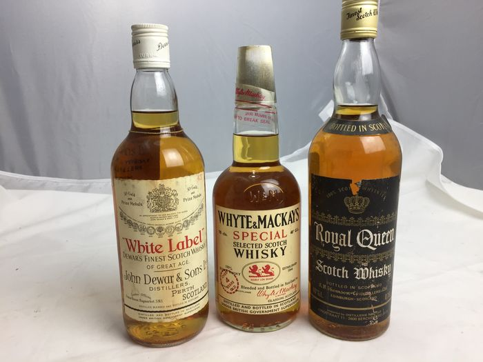 Dewars White Label - Whyte & Mackays - Royal Queen - b. Década de 1970 - 75 cl - 3 botellas