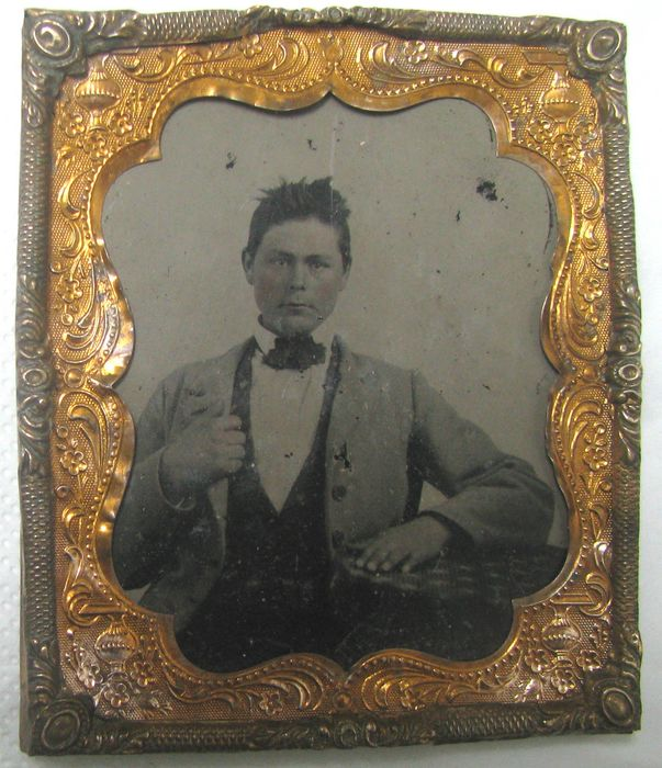 . Fine quality ambrotype of a gentleman .19th century