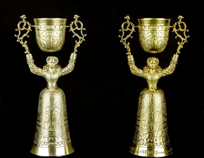 A superb sterling silver wager cup - Silver - England - Early 19th century