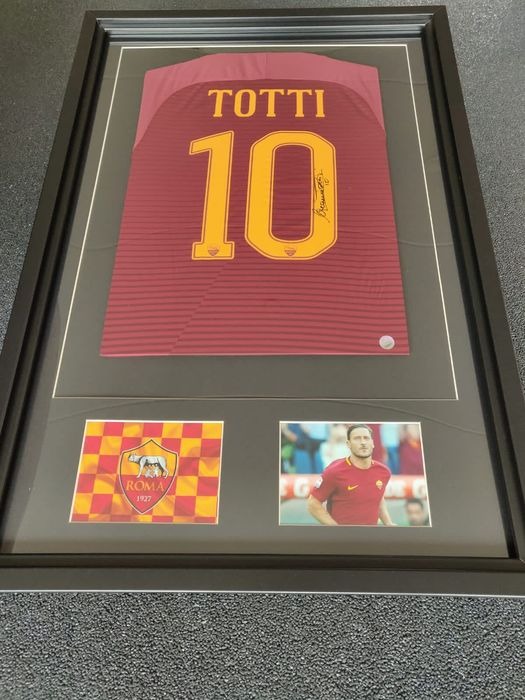 AS Roma - Italian Football League - Francesco Totti - Jersey