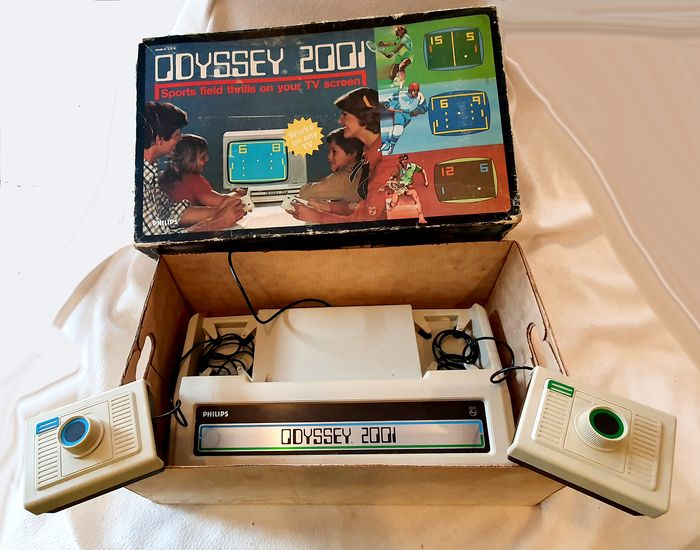 Philips Philips Odyssey 2001 console - in box - 1977 - Console with games