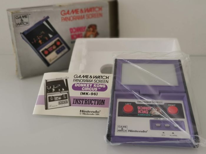 1 Nintendo Game & Watch - Panorama Screen - Donkey Kong - LCD game - In original box