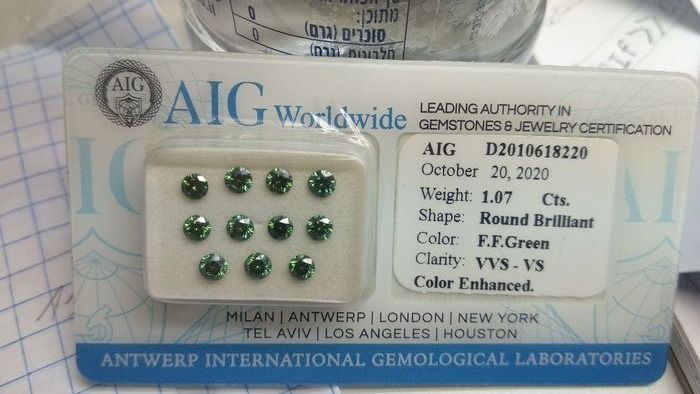 11 pcs Diamantes - 1.07 ct - Brillante - Fancy Green - VS1, VVS1, VVS2