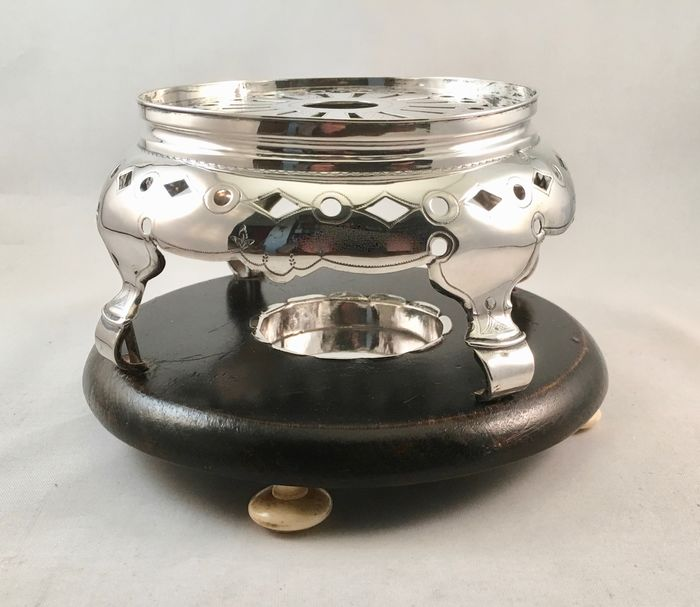 Antique silver tea light or brazier on wooden base - .833 silver - Christiaan Jacobs Bruinings, Joure, 1861 - Netherlands - Second half 19th century