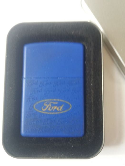 Encendedor Zippo Ford Collage