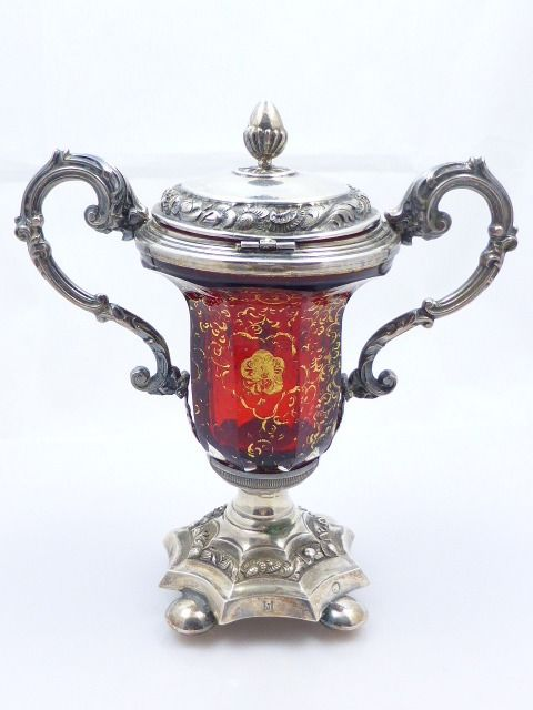 Coupe with lid - Silver, Glass - Flanders - 1846