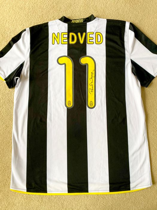 Juventus - Italian Football League - Pavel Nedved - 2006 - Jersey