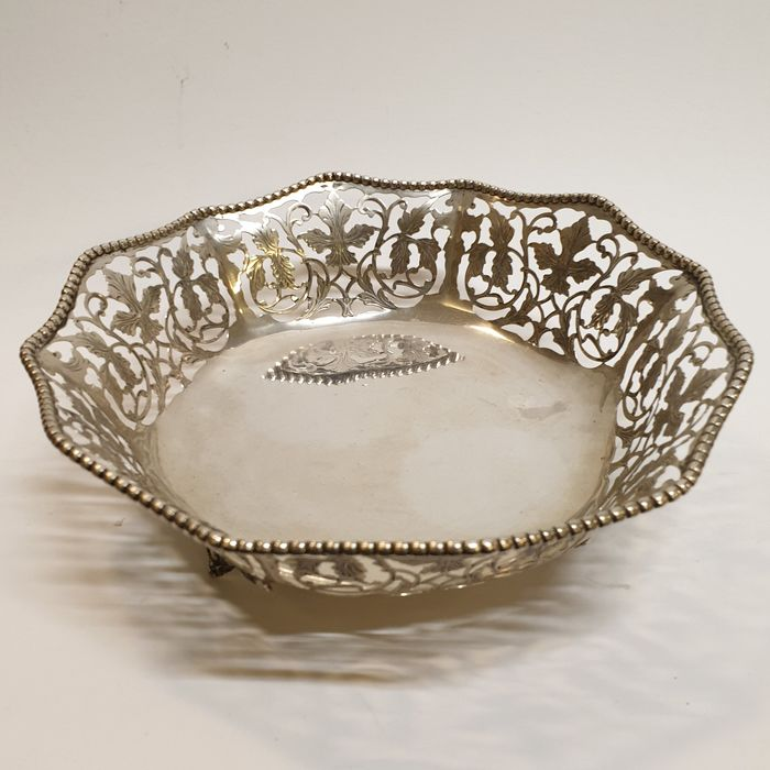 silver basket / bowl - .800 silver - Netherlands - Early 20th century