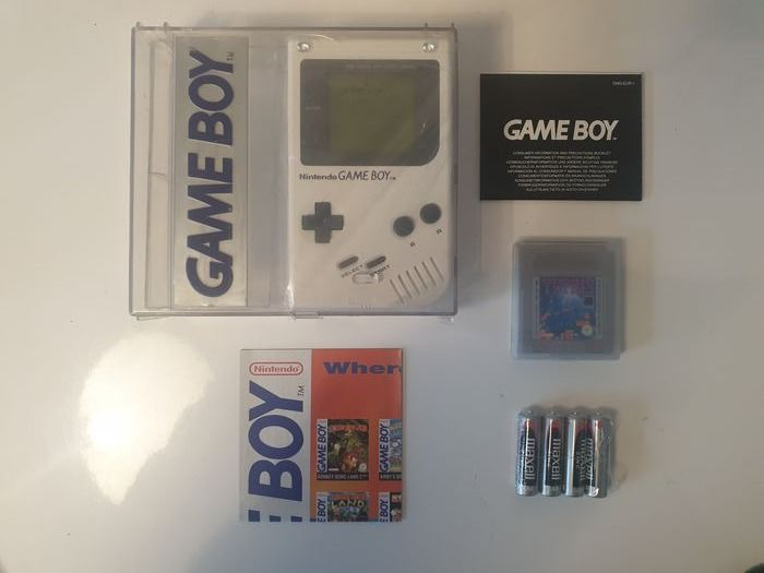Nintendo New dmg-01 1989 Rare Hard Box l +Extremely Rare White Edition Edition+ - Gameboy Classic Limited Edition White matching serial - Dans la boîte d'origine scellée