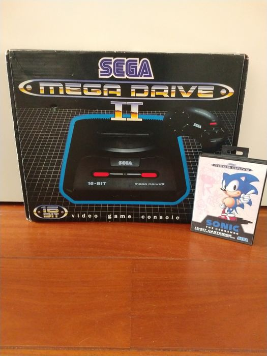 Sega - megadrive 2 in box with inlay and Sonic