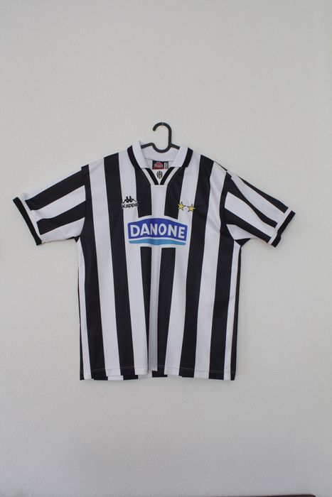Juventus - Italian Football League - 1994 - Football shirt