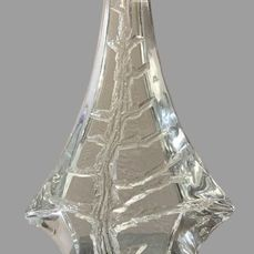 Daum: Important crystal piece decorated with a hollow tree