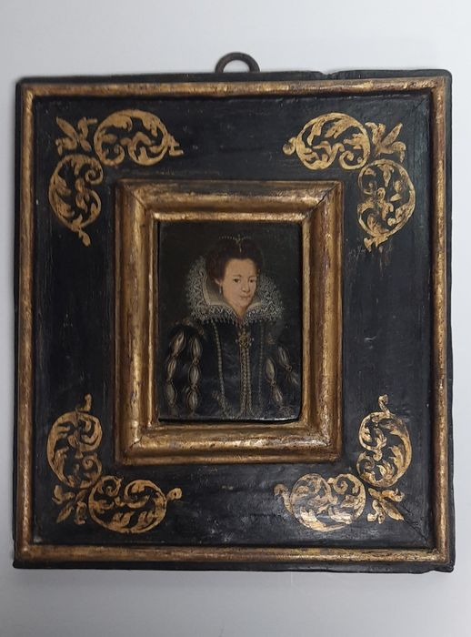 Sienese frame with table - Gold, Lacquer, Wood - 16th / 17th century (the frame)
