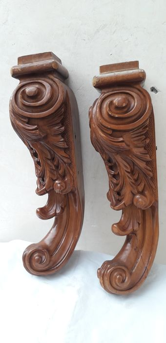 carved balustrade corners (2) - Wood - First half 20th century