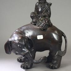 Censer - Bronze - A Bronze censer Confucius riding an elephant - China - Qing Dynasty (1644-1911)