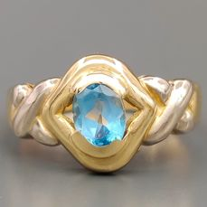 18 kt. White gold, Yellow gold - Ring - 1.00 ct Topaz