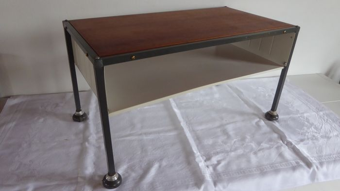 Tomado - Side table