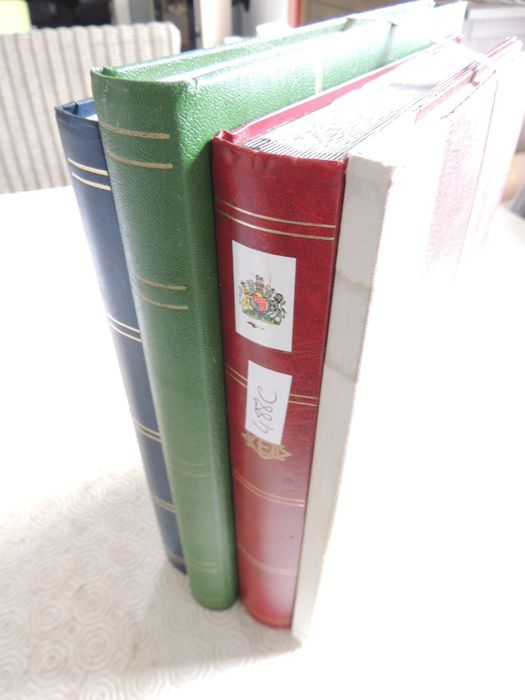Great Britain - Collection in 4 binders.