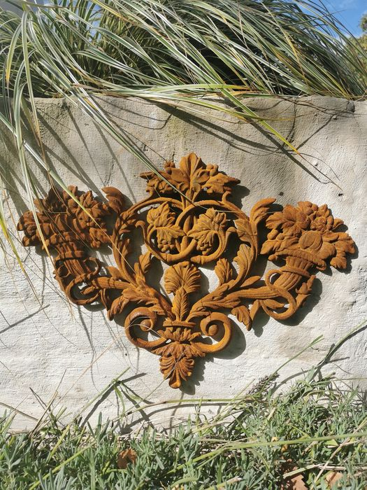 Architectural wall ornament - Iron (cast) - recent