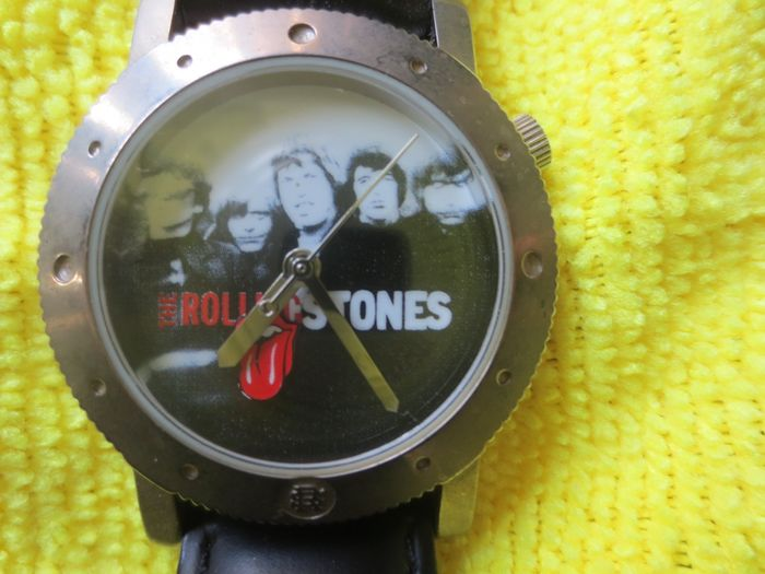 Rolling Stones - Rolling Stones Watch with a winding mechanism and movable Tong logo - Rolling Stones Watch - 1999/1999