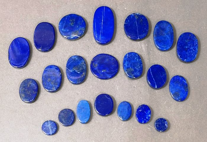 Lapis Lazuli Top Color Cabochons - 37×17×37 mm - 156 g - (18)